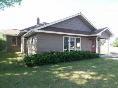 Photo of 512 Wall St, Eagle River, WI 54521