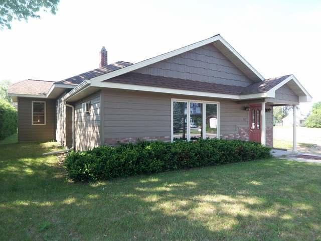 512 Wall St, Eagle River, WI 54521