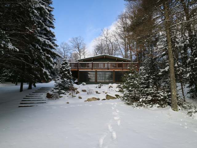 2222 Military Rd, Eagle River, WI 54521