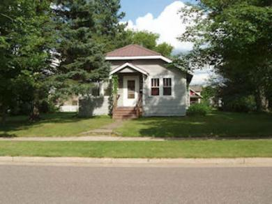 735 7th Ave S, Park Falls, WI 54552