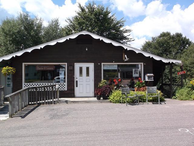 8305 Main St, Presque Isle, WI 54557