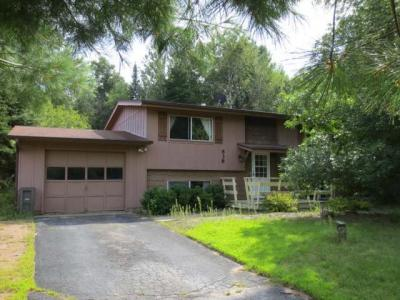 Photo of 638 Timber Dr E, Rhinelander, WI 54501