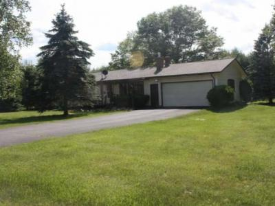 Photo of 9077 Ruppert Dr, Woodruff, WI 54568