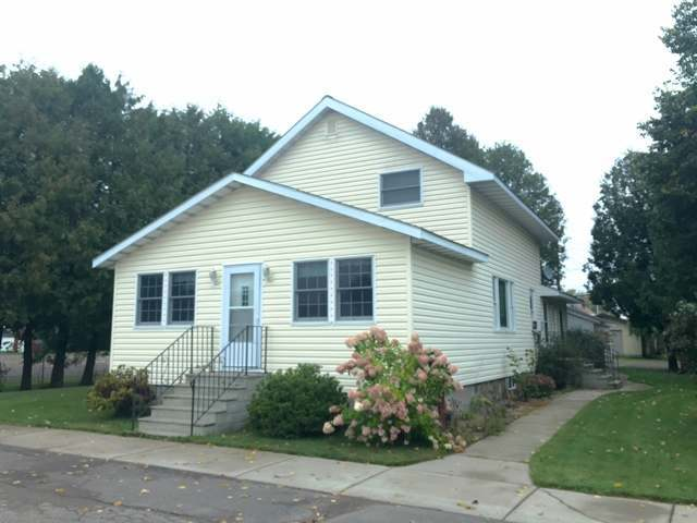 234 3rd Ave N, Park Falls, WI 54552