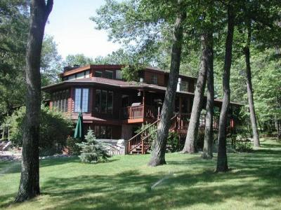 Photo of 5509 Mohawk Rd, Rhinelander, WI 54501