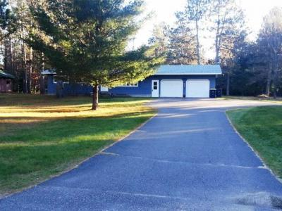 Photo of 8971 Mobile Dr, Woodruff, WI 54568