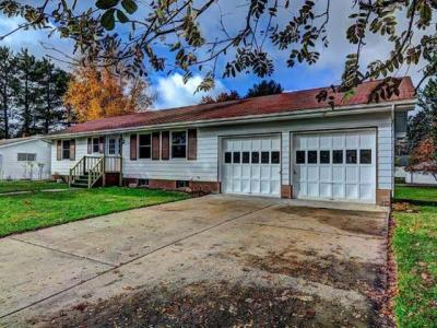 Photo of 314 2nd St N, Eagle River, WI 54521