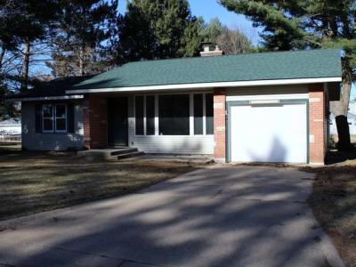 Photo of 346 Third St N, Eagle River, WI 54521