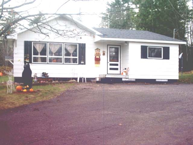 N14381 Central Ave W, Fiffield, WI 54524