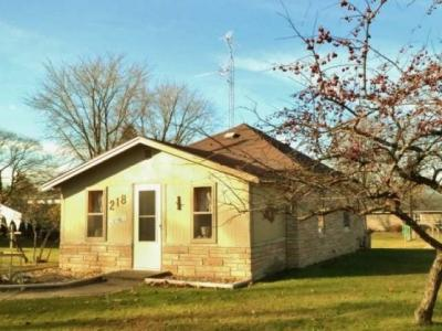 Photo of 218 2nd St N, Eagle River, WI 54521