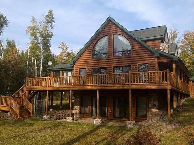 N10605 Swiss Point Rd, Phillips, WI 54555