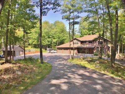 Photo of 4386 Double Oaks Tr, Rhinelander, WI 54501