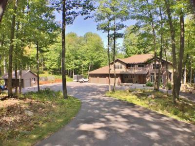 Photo of 4386 Double Oaks Tr, Rhinelander, WI 54501