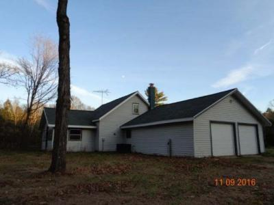 Photo of 575 Rupple Rd, Three Lakes, WI 54562