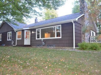 Photo of 93 Spring Lake Rd, Rhinelander, WI 54501