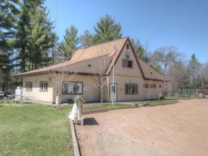 Chain o Lakes Campground on 41 Acres For Sale