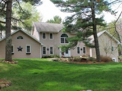 Photo of 7537 Trailwood Dr, Minocqua, WI 54548