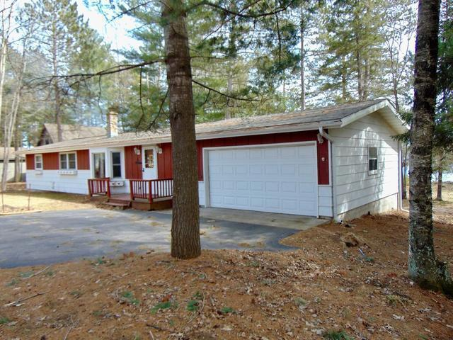 10124 Pine Shore Ln, Tomahawk, WI 54487