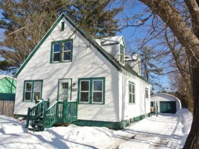 Photo of 424 Menominee St, Minocqua, WI 54548