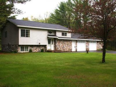 Photo of 8640 Mercer Lake Rd, Minocqua, WI 54548