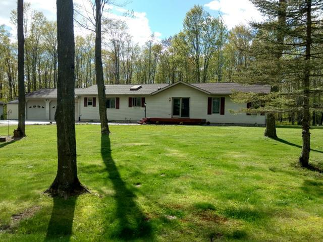 N9905 Shady Hollow Ln, Phillips, WI 54555