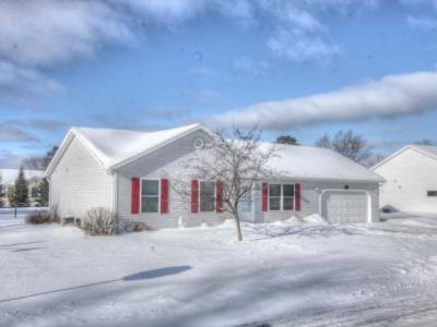Photo of 104 Third St N, Eagle River, WI 54521