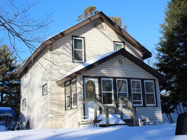 217 Division St W, Eagle River, WI 54521