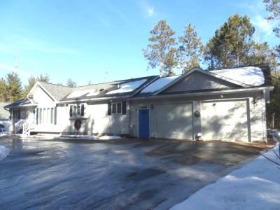 Photo of 4556 Maple Ridge Dr, Rhinelander, WI 54501
