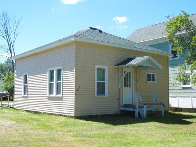 327 7th St N, Tomahawk, WI 54487
