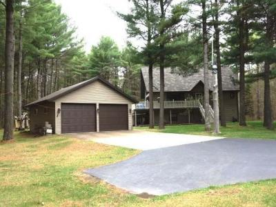 Photo of 7492 Wolf Rd, Lake Tomahawk, WI 54539