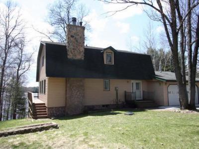 Photo of 5621 Riverview Dr, Rhinelander, WI 54501