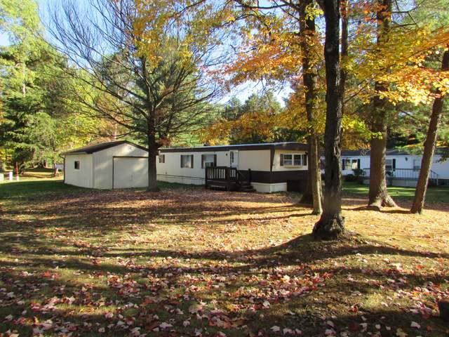 8912 Woodridge Ln, Woodruff, WI 42219