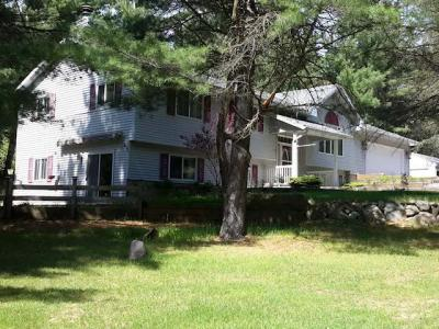 Photo of 4868 Cross Country Rd, Rhinelander, WI 54501