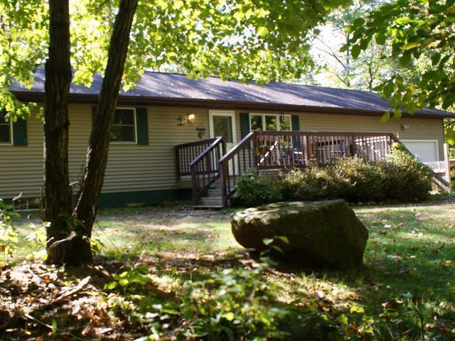 1376 Wildwood Dr, Eagle River, WI 54521