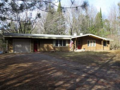 Photo of 4628 North Shore Dr, Rhinelander, WI 54501