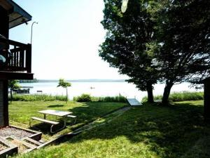 Lake House, Guest Cottage & Garage for sale on Level Sand Frontage