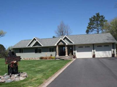Photo of 181 River St, Eagle River, WI 54521