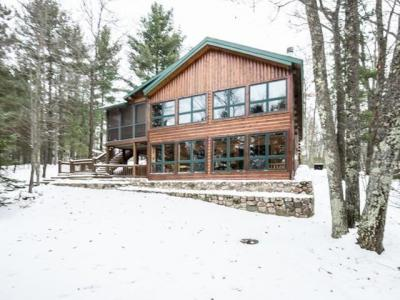 Photo of 1567 Oak Ln, Eagle River, WI 54521
