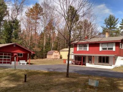 Photo of 1658 Rangeline Rd, Eagle River, WI 54521