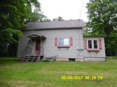 2390 Strong Rd, Phelps, WI 54554