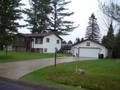 Photo of 425 Minnesota St, Eagle River, WI 54521
