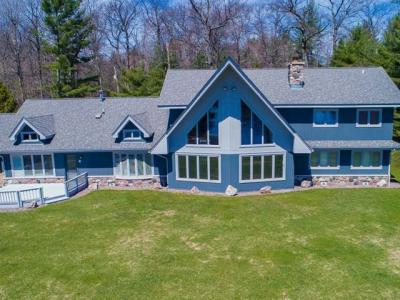 Photo of 8604 Lambert Rd, Minocqua, WI 54548