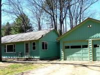 695 Meta Lake Rd, Eagle River, WI 54521