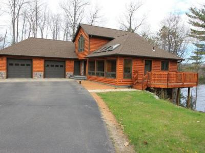 Photo of 4362 South Shore Dr, Pelican, WI 54501