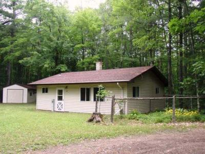 Photo of 1695 Melody Ln, Eagle River, WI 54521