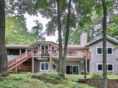 Photo of 6810 Wren Rd, Lake Tomahawk, WI 54539