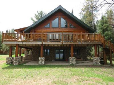 Photo of 6440 Knuth Ln, Land O Lakes, WI 54540