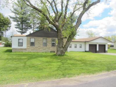 Photo of 537 Wisconsin St, Eagle River, WI 54521