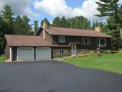 Photo of 6387 Timbering Haven Dr, Eagle River, WI 54521