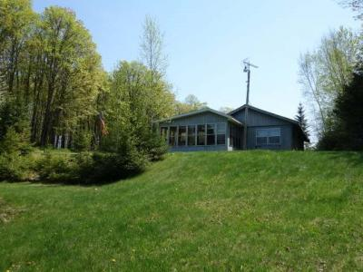 Photo of 1082 Pardee Lake Ln E, Winchester, WI 54557